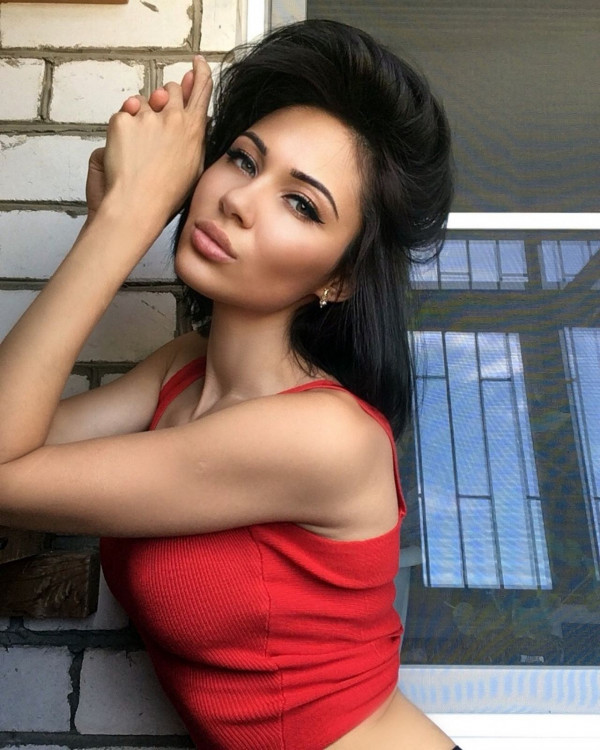 attractive Russian femininty from city Astrakhan Russia
