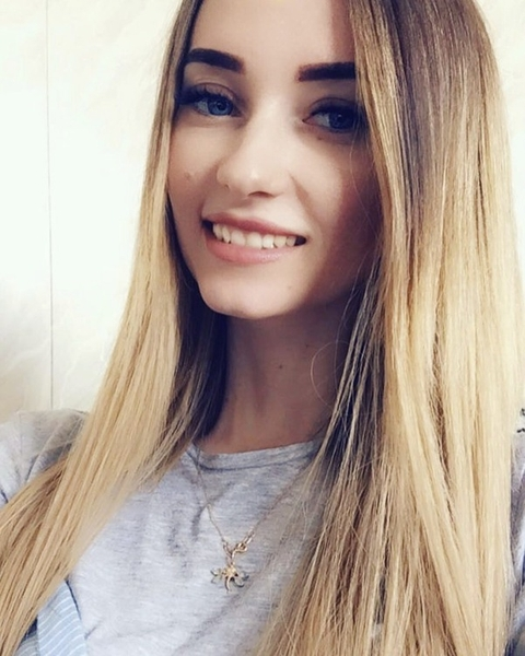 full of love Russian marriageable girl from city Saint Petersburg Russia